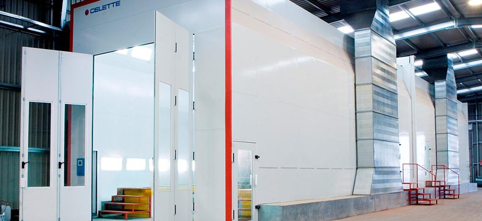 Industrial spray & dry booths for any type of vehicles or pieces.